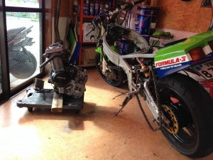 ZX-Rエンジン